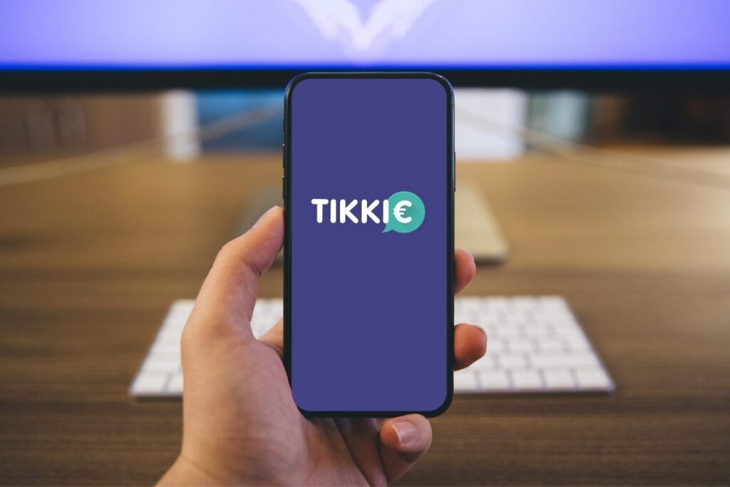 Photo-of-phone-in-hand-with-Tikkie-app-open-the-Netherlands
