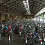 1024px-Fietsenstalling_Station_Haarlem