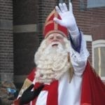 1200px-Sinterklaas_arrives_in_the_Netherlands