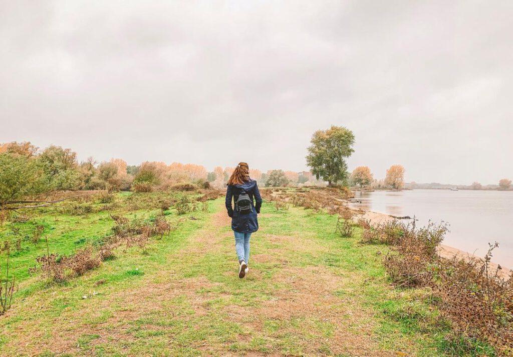 walk-Maas-river-Maastricht
