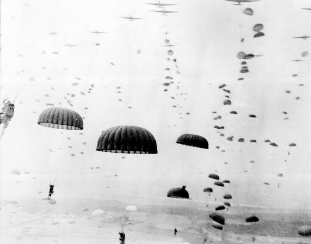 Paratroopers landing in Holland