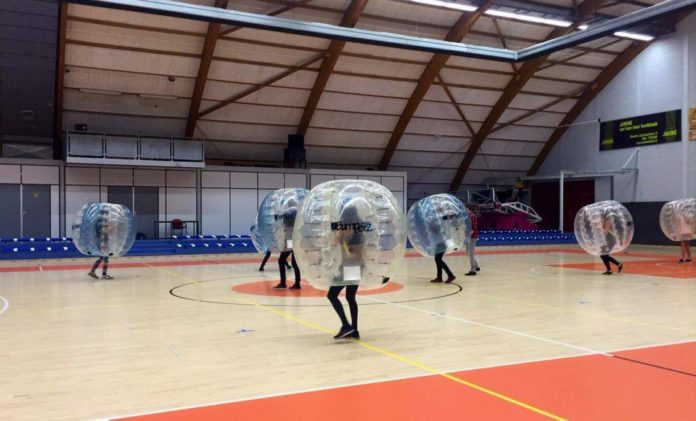 Bubble Football - game