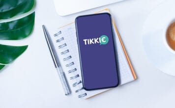 Photo-of-phone-with-Tikkie-app-the-Netherlands