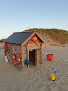 Dutch Beaches: A cubby house on the beach at Sintmaartenszee