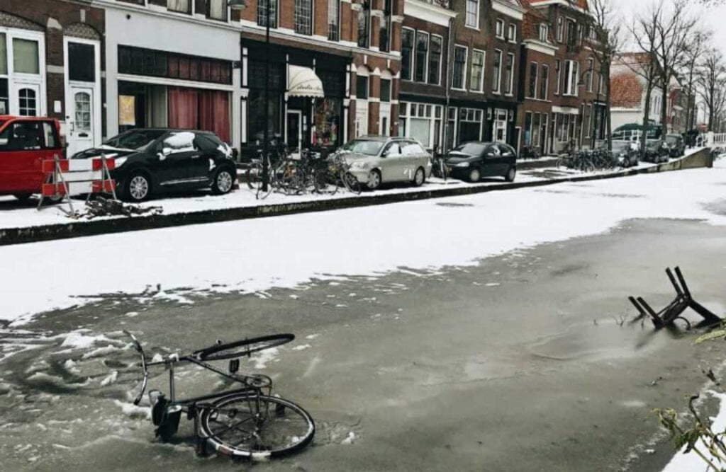 Photo-of-frozen-canal-the-Netherlands