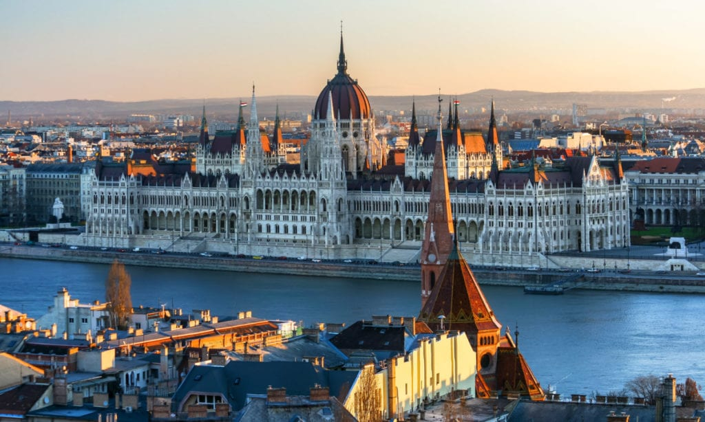 cheap-trip-from-nl-budapest