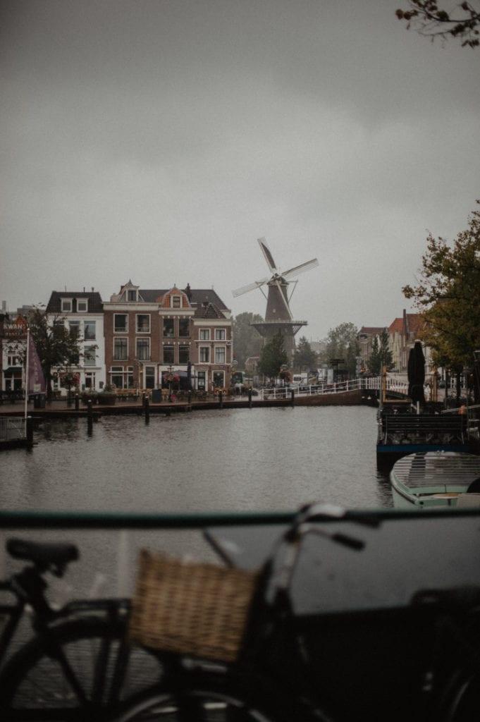 Leiden in the rain