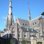 400px-Sint_Bonifatiuskerk_Leeuwarden_09