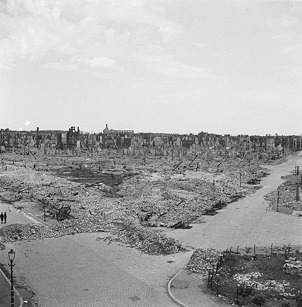 world war II The Hague ruins