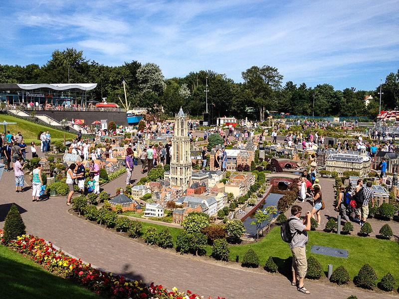 Madurodam-theme-park-in-the-Netherlands