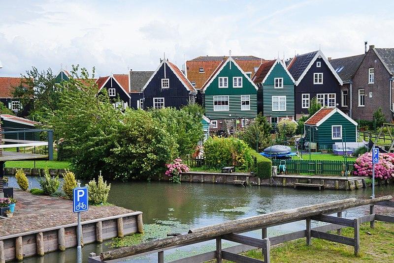 Marken_Houses