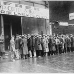 937px-Unemployed_men_queued_outside_a_depression_soup_kitchen_opened_in_Chicago_by_Al_Capone,_02-1931_-_NARA_-_541927