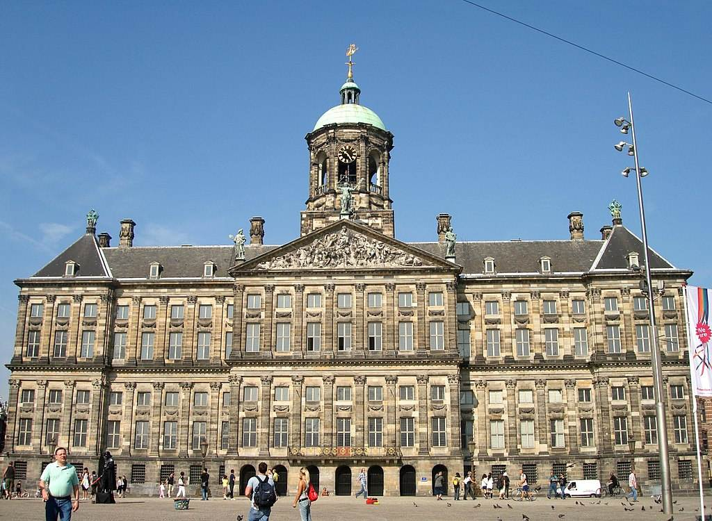 The-Royal-Palace-in-Amsterdam