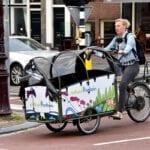 Bakfiets_Natuurfontein_-_Amsterdam_(32439205400)_(2)