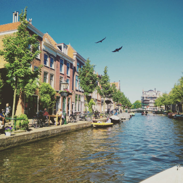 Canals Leiden