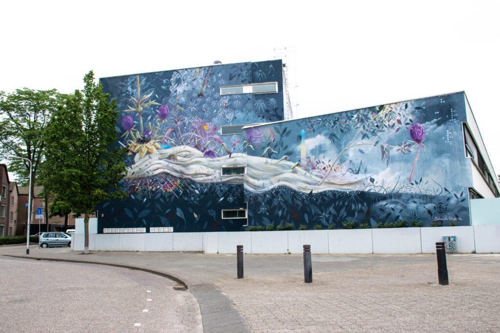 photo-of-street-art-in-tilburg