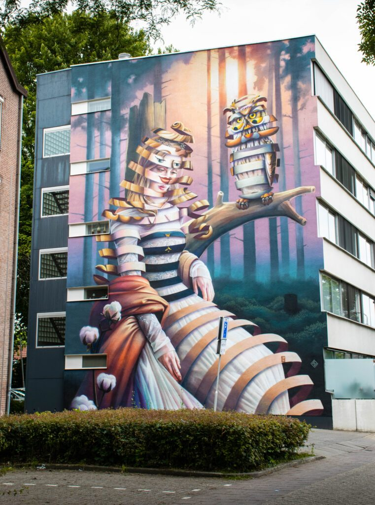 photo-of-a-mural-in-tilburg