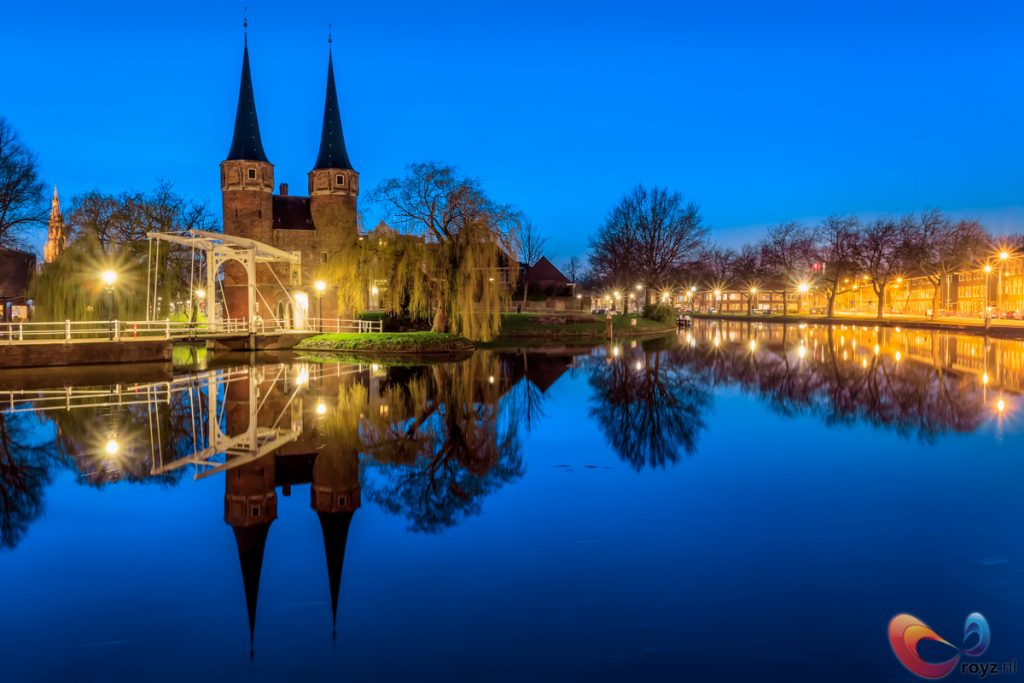 """Amazing view of the Eastern Gate (in Dutch """"Oostpoort"""") in the Netherlands"""