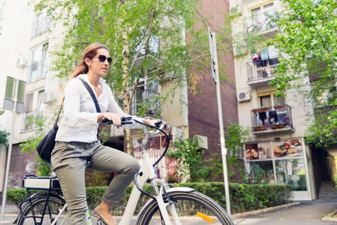 woman-on-e-bike