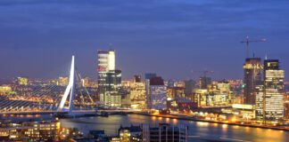 photo-of-architecture-in-rotterdam-city-skyline