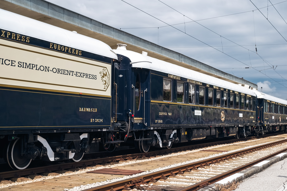 Luxury-Orient-Express-train-arrives-in-the-Netherlands-as-begining-of-scheduled-yearly-arrival
