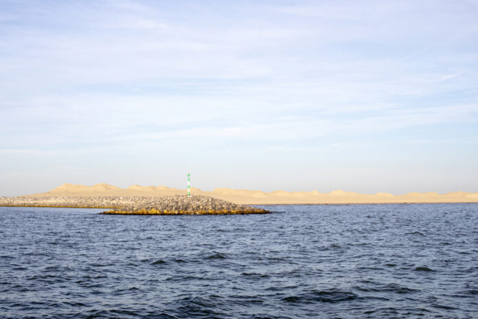 photo-man-made-island-in-the-netherlands