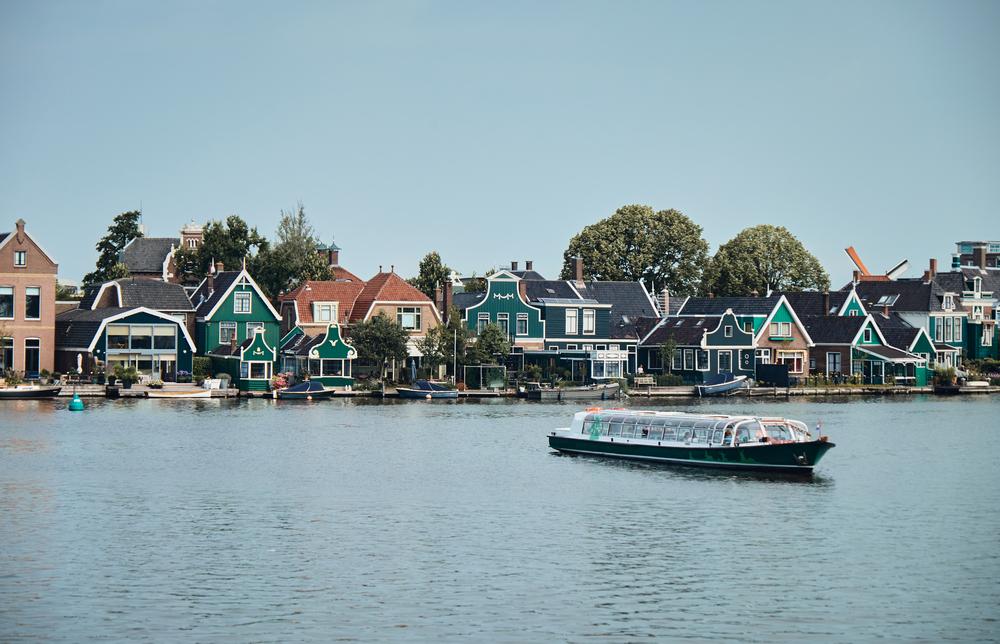 Photo-of-Zaanse-Schans-Dutch-houses-2021