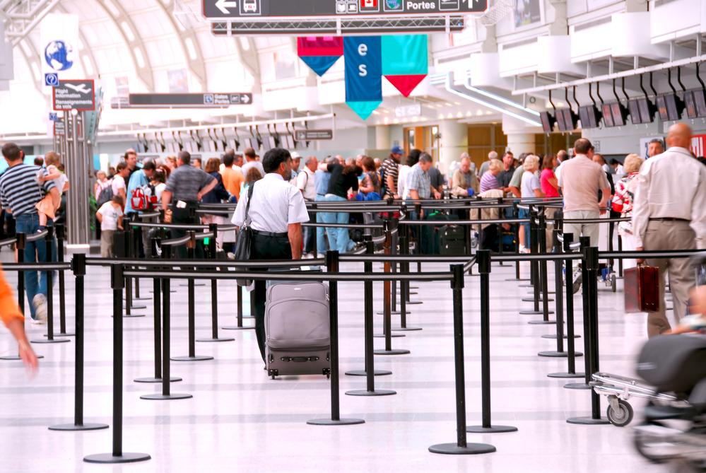 Crowd-of-people-in-international-airport