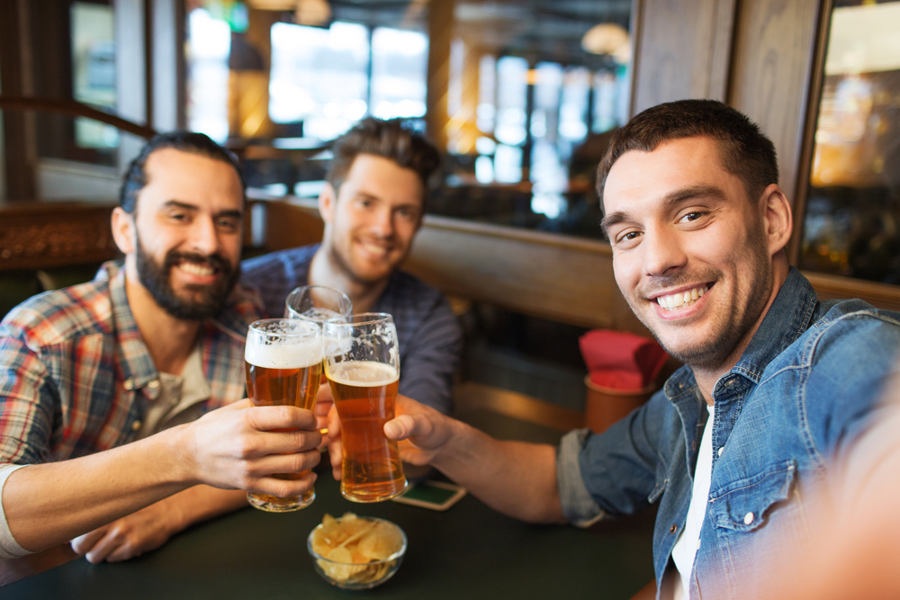 American-people-drinking-Dutch-beer-as-Netherlands-is-second-biggest-exporter-of-beer-in-the-world-and-largest-in-the-EU