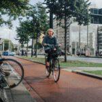 Dutch-woman-bike