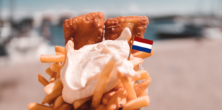 Dutch_fries_on_beach