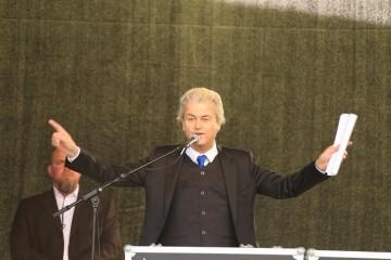 Go home Geert, you're drunk!