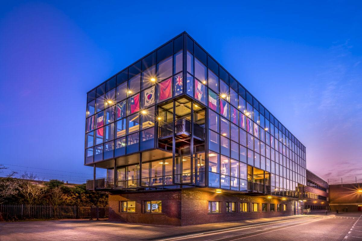 Photo-of-Rotterdam-International-Secondary-School-exterior