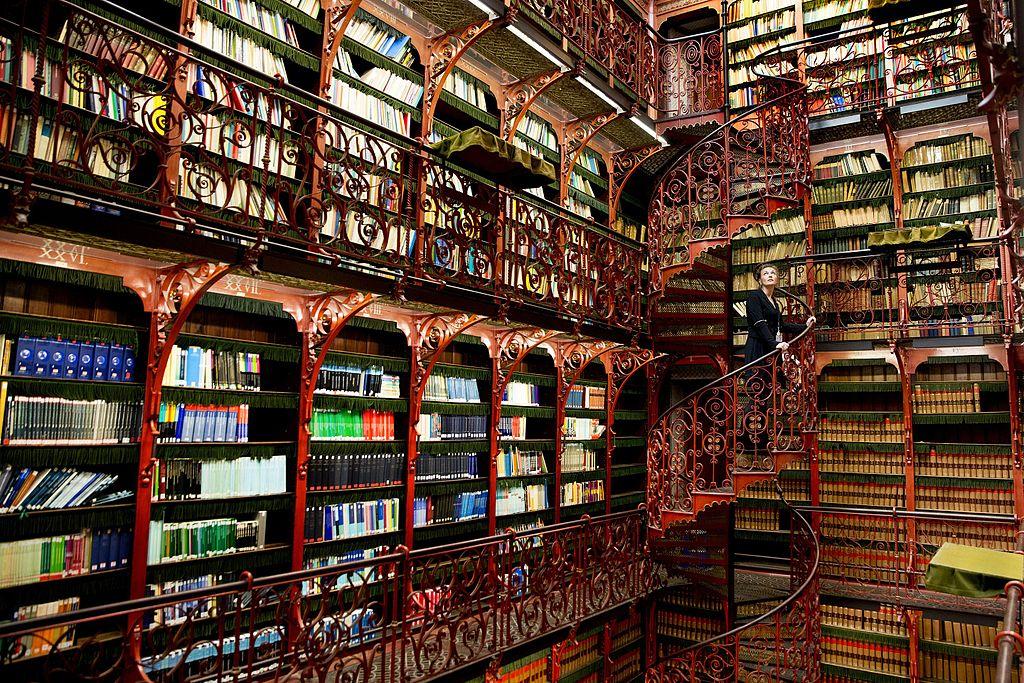 photo-of-Handelingenkamer-library-in-netherlands