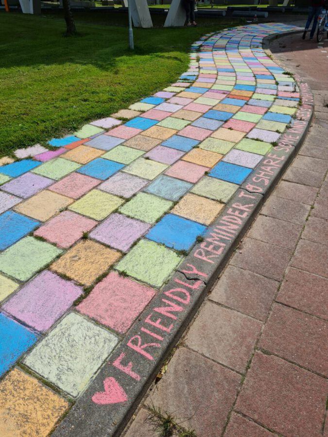 Photo-of-'Other-Virus'-chalk-Leeuwarden