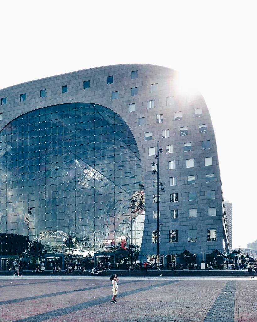 Photo-of-the-Markthal-Rotterdam