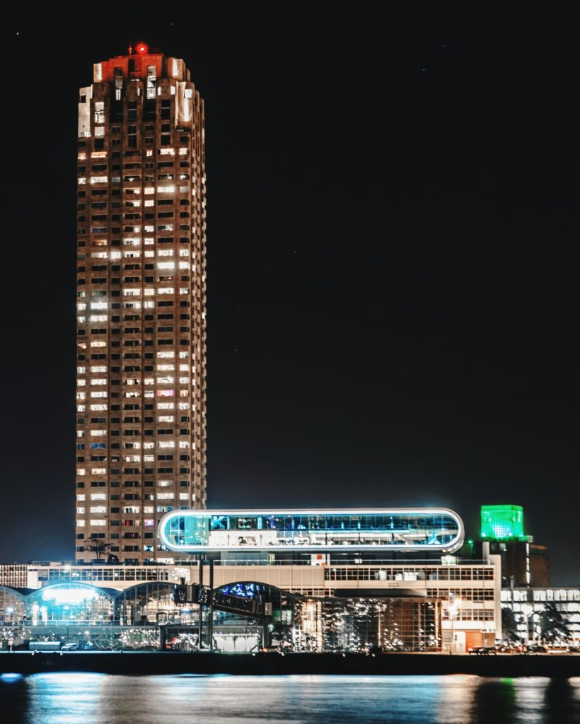 Photo-of-New-Orleans-building-Rotterdam