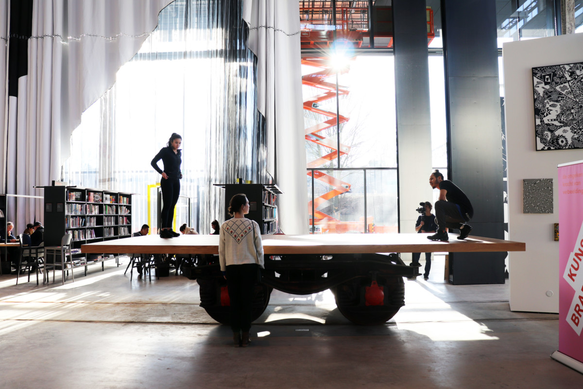 LocHal, Tilburg, Light, Natural Light, Dance, Dancing, Art, Dancers, Performance, Library, New Buildings