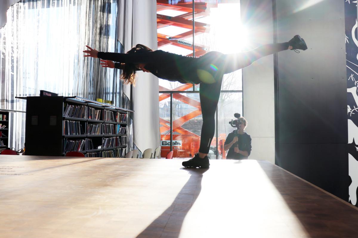 Dance, LocHal, Tilburg, Performance, Art, Dancers