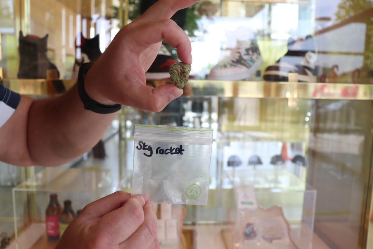 smoking weed Amsterdam Genetics coffeeshop