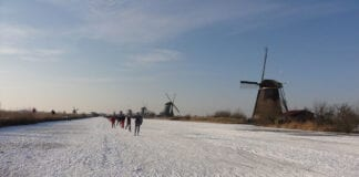 Photo-of-people-ice-skating-netherlands