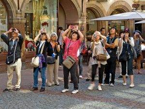Amsterdam tourist - Chinese/Japanese