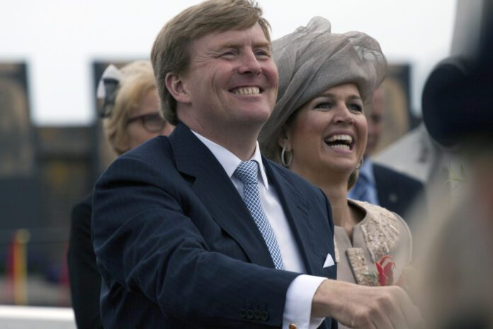 King-Willem-Alexander-laughing-with-Queen-Maxima-2019