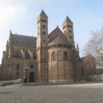 Maastricht,_de_Sint_Servaasbasiliek_op_het_Vrijhof_foto8_2011-01-30_13.01