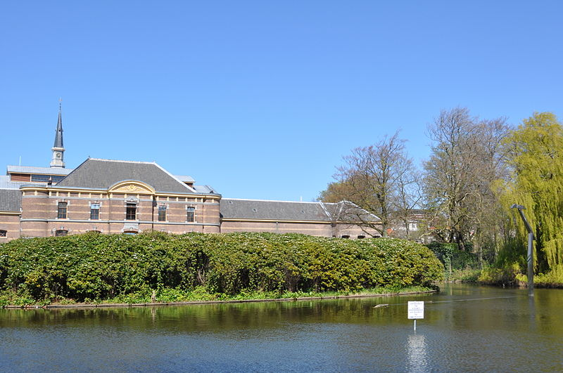 lake-in-the-Palace-gardens-in-The-Hague-
