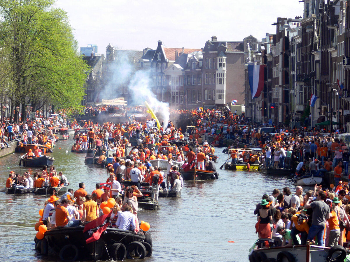 living in the netherlands expat