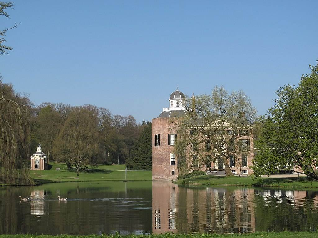 Rozendaal-castle-in-the-Netherlands