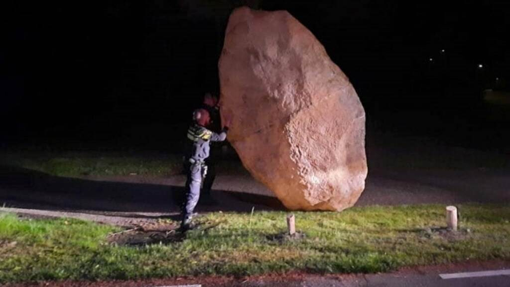 Dutch-police-discover-mysterious-boulder-in-Zeist