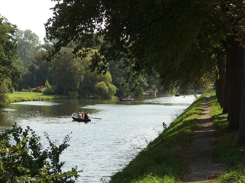 Dutch-people-on-a-rowboat-on-a-lake-in-Scheveningse-Bosje-The-Hague