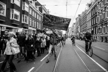 Meet new people in Amsterdam